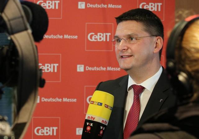 Oliver Frese bei der CeBIT-PK