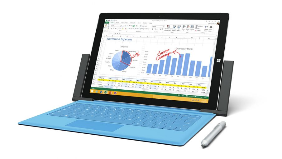 Surface Pro 3 mit Docking-Station und Stift